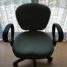 オフィスチェアー 緑