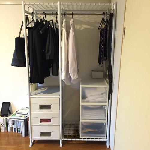 無印良品のソフトボックスも洋服収納に便利なアイテム。サイズ展開も豊富なので、収納するものに合わせて大きさを選べます。軽くて丈夫なので、普段使わない洋服を入れ  ...
