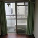 カーテン 薄緑 横170センチ 縦180センチ 2つあります。