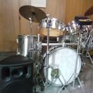 ドラム教えます   ロック、ジャズ、ラテン、フュージョン