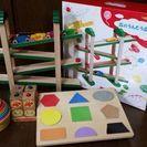 森のうんどう会 木製玩具 アンパンマン積み立てパズル 他
