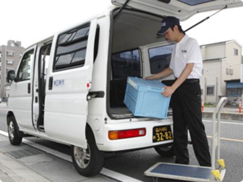 個人 軽 事業 主 貨物 運送業の個人事業主の年収とは!軽貨物の個人事業主で年収1000万は可能?