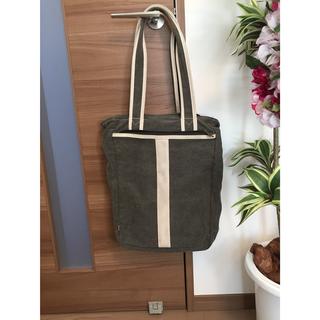 EDWlMのハンドバッグ