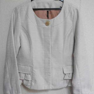新品!マルピオーネのオフホワイトのジャケット 【01-016】