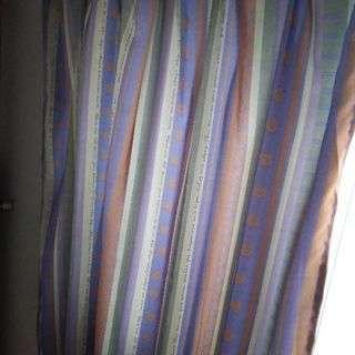 カーテン二枚 ②