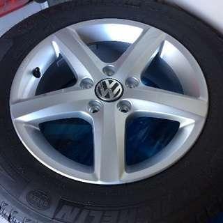 新品未使用 VW THE BEETLE スタッドレス 純正アルミセット