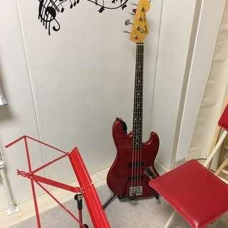 天王寺のベース教室です。ロック、ジャズ、フュージョンなどを指弾き、...