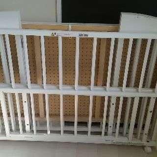 大幅値下げスリーピー折り畳み式ベビーベッド(ホワイト)
