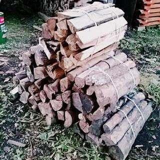キャンプや薪ストーブに! 薪 広葉樹メイン