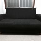 (取引中)シンプルデザインの2人掛けソファです!