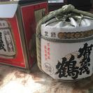 賀茂鶴の酒樽の空ビン