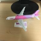 ピーチ航空エアバスA320組み立て済みディスプレイモデル