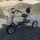 クークルの4輪自転車ブルーメタリック