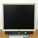 値下げ!一体型パソコン (型番:FMV-K5240,商品ID:68)