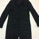 黒グレーのノーカラーコート