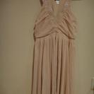 北欧で買ったH&M スモーキーピンクのドレス