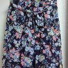 未使用★ユニクロの花柄スカート
