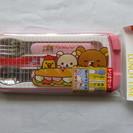 新品 日本製 リラックマのかわいいお子様用箸、スプーン、フォークセット