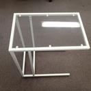 【イケヤ購入】ガラステーブル&白椅...