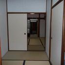 近鉄大阪線長瀬駅より徒歩1分。近畿大学すぐ近くの文化住宅です。家賃3.8万円 − 大阪府