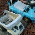 値下げ古い車のおもちゃジャンク