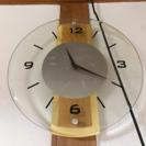 壁時計透明の画像