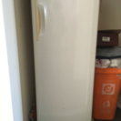 SANYO冷凍庫121リットル