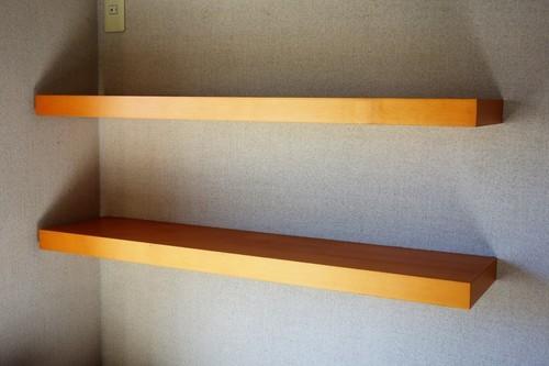 IKEA 壁取り付けタイプ棚の画像