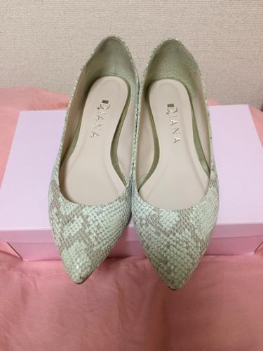 価格改めました!!ダイアナ パイソン ペタンコ靴 (HANA) 明石の服/ファッションの中古・古着あげます・譲ります|ジモティーで不用品の処分