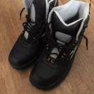 スキー靴です