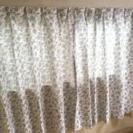 カーテン ホワイト×ブルー 花柄 小窓