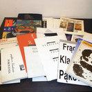 東欧のアートやグラフィックに関する本やカタログ等をダンボール一箱...