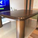 無垢材の折りたたみテーブル