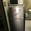 2ドア冷蔵庫、DAEWOOD製の画像