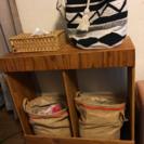 木製手作り棚、仕分けゴミ箱や収納棚としての画像