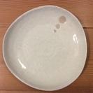 陶器の白皿、大中サイズ各3枚、計6枚セット。欠けは全く無し、使い勝手良い。手渡し限定。 - 豊島区