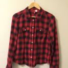 赤のチェックシャツ☆美品