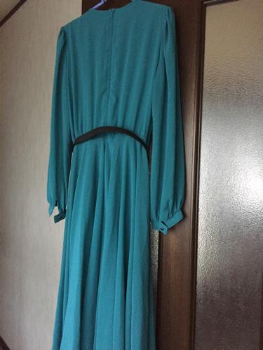 7dd5d05a37622 ワンピースグリーン (vivi) 源道寺のワンピースの中古・古着あげます ...