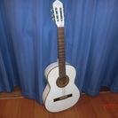白いギター