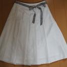 【お話中】【さわやか☆使いやすい】カールパークレーン 白スカート