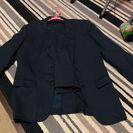紺色の秋冬用スーツ上下
