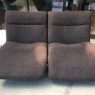 【値下げしました】リクライニング式ソファー 2人掛け 布張りソファ...