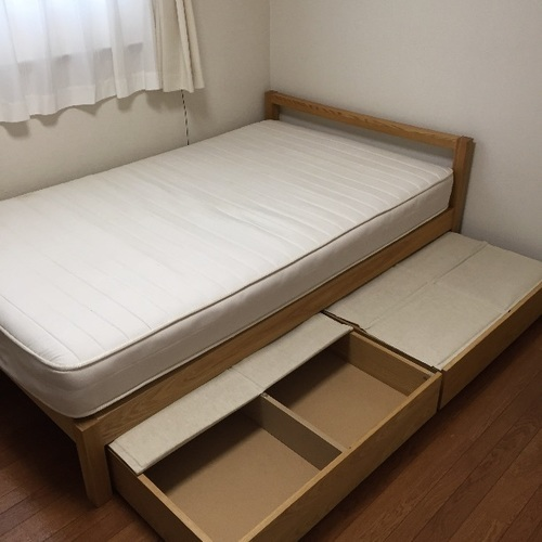 無印良品 ベッドフレームのみ タモ材 セミダブル 収納付きの画像