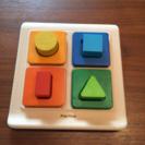 木製おもちゃ シェープソーター