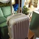 [スーツケーズ縦型/白・鍵有り]容量調整可🎵⁑リサイクルショップヘルプ