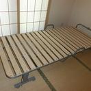 折りたたみ式簡易ベッド(キャスター付)