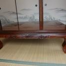 座卓・綺麗な木目及び彫刻