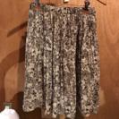 花柄 スカート