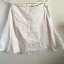 LODISPOTTO白スカート