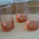 9個のガラスグラス